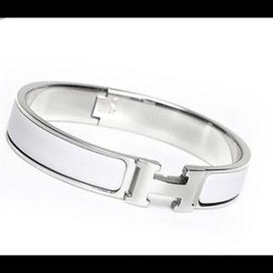 Authentic Hermès white and silver bracelet